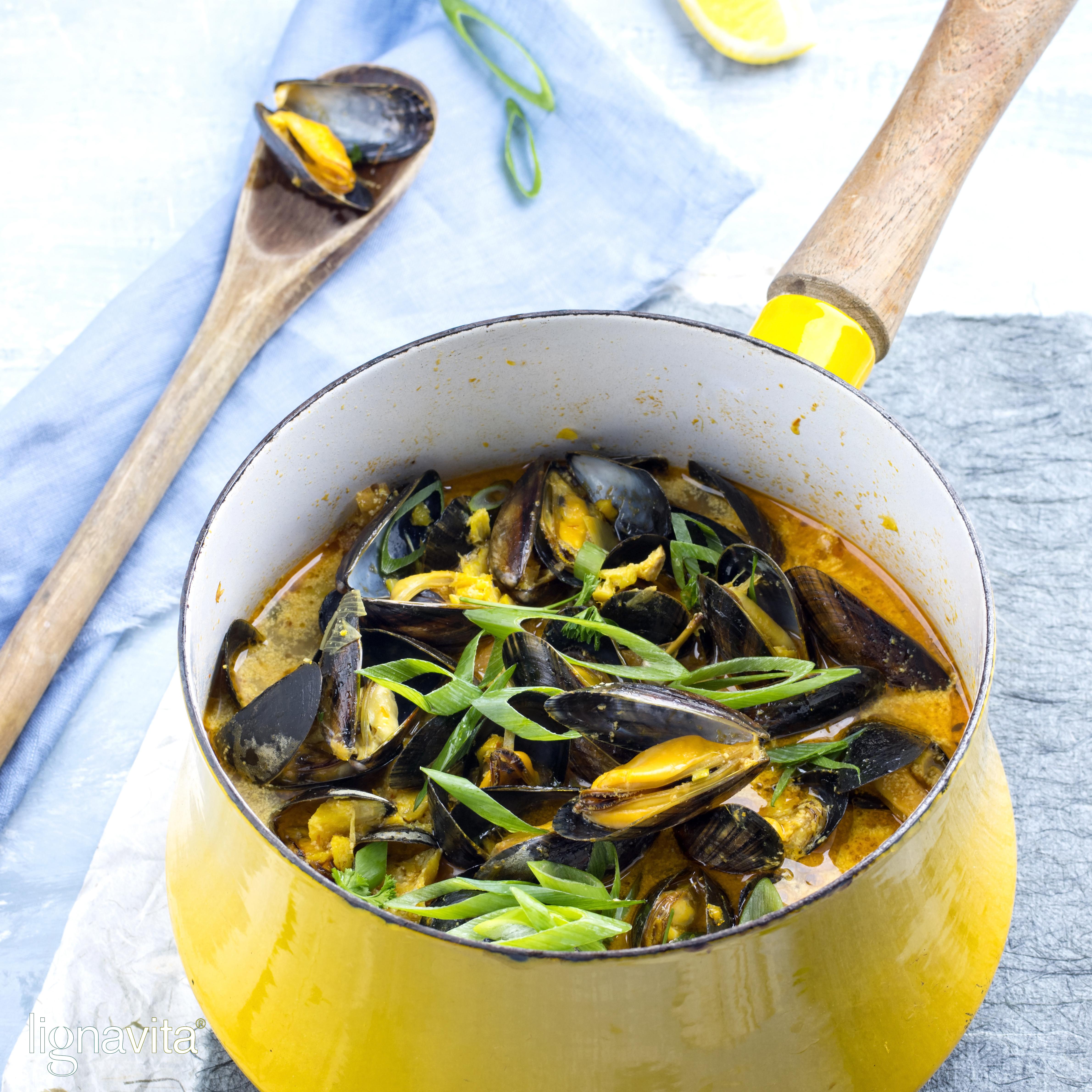 Mosselen in currysaus