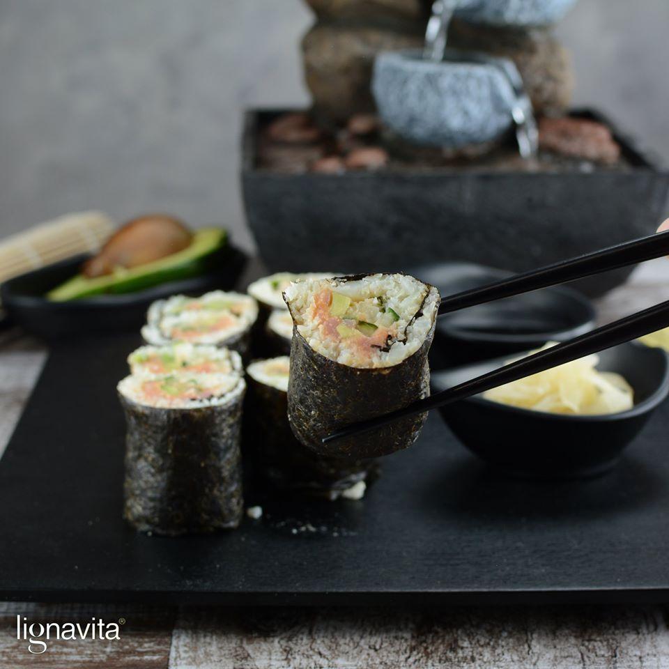 Sushi met bloemkoolrijst